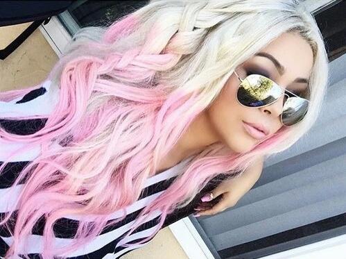 pink'